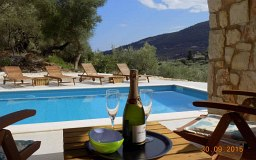 accommodation luxury island events