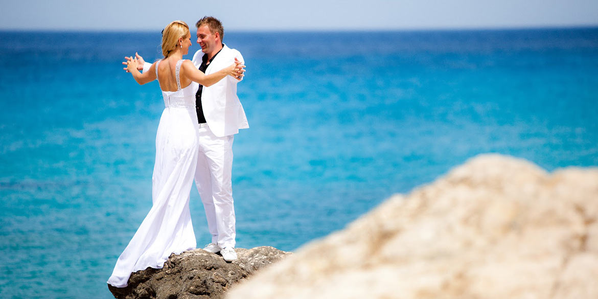 weddings luxury island events